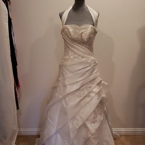 Maggie Sottero Wedding dress, size 8